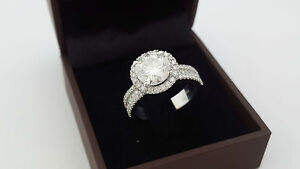 DESIGN 3.00 CT ROUND D VS2 DIAMOND ACCENTED RING 18 K WHITE GOLD WOMEN