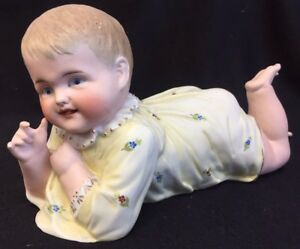 HERTWIG ? OLD BISQUE PORCELAIN LARGE  PIANO BABY  YELLOW DRESS 10 12