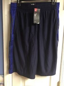 UNDER ARMOUR XL MENS PERFORMANCE SHORTS ATHLETIC LARGE BLUE