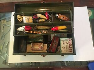 Vintage tackle box full of lures 12 in correct boxes and 9 with out box