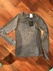 Long Sleeved Nike Dry Fit Shirt Women's Small