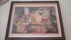 1994 FRAMED DISNEY COMMEMORATIVE LITHOGRAPH SNOW WHITE AND THE SEVEN DWARFS