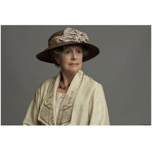 Downton Abbey Penelope Wilton as Isobel Crawley Seated 8 x 10 Inch Photo