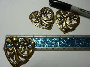 Brass stamping HEART WITH BOW AND FLOWERS ideal for brooch  pin A223