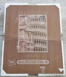 The Archives 16 x 20 Green Tree Gallery Clip Frame - BRAND NEW - GREAT FRAME