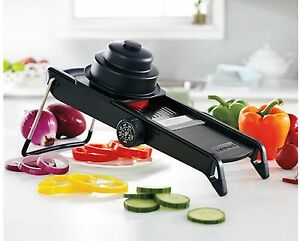 Cuisinart Mandoline slicer black body 4 cutting options kitchen Mandolin grater