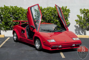 Countach -- 1988 Lamborghini Countach  19164 Miles Red  5.2L 5 Speed Manual