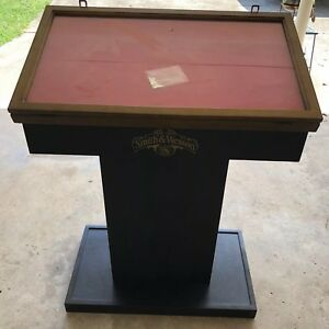 Smith & Wesson Knives  Store Display Cabinet Pedestal Glass Wood