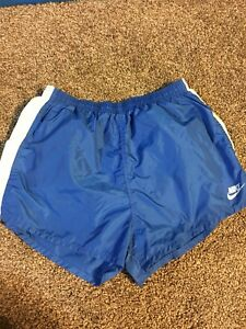 NIKE - Vtg 80s Blue Tag Lined Short Length Split Side Running Shorts Size Xl