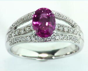 Pink Sapphire 18 kt Gold Engagement Ring in a unique Design RFK305