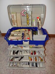 TACKLE BOX LOADED WITH MOSTLY CREEK CHUB VINTAGE LURES