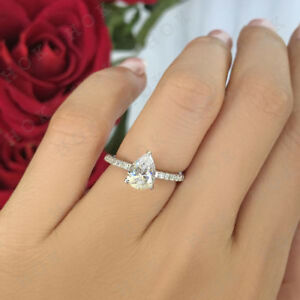 Real 10k White Gold 1.25Ct Pear Shape Diamond Solitaire  Engagement Ring For Her