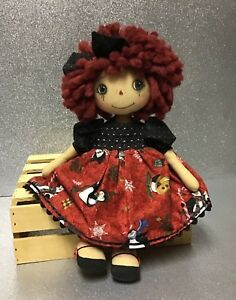 Primitive handmade Raggedy Anne doll Annie Holiday Christmas Signed