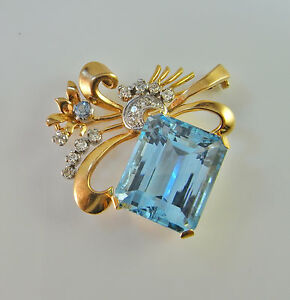 Art Deco circa 1940 Santa Maria Aquamarine Diamond Brooch Pin 18K Gold Wedding