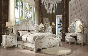 Acme Versailles Queen Bed in Bone White Finish 21760Q