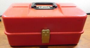VINTAGE UMCO FISHING TACKLE BOX RED MODEL 1133P WATERTOWN MINN RARE NICE