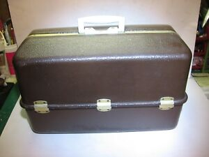 Vintage Umco Aluminum Fishing Tackle Box #2080U