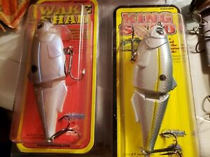 DISCONTINUED STRIKE KING SHAD WAKE SHAD AND BABY KING LURE GROUP