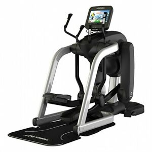 Life Fitness Flex Strider w Discover SE3 Console- FREE SHIPPING