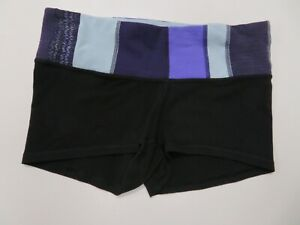 Lululemon Women Shorts Sz 6 Black Wonder Under Low Rise Yoga Color Waistband $34.99