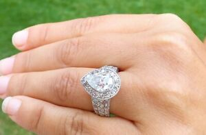Real 10K White Gold Ladies Women's Engagement Wedding Ring Pear Cut Diamond