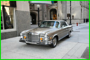 1971 Mercedes-Benz 200-Series Parchment leather 1971 Parchment leather Used Automatic RWD Coupe