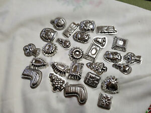 30 Miniature Stainless Steel Christmas Candy Fondant  Molds Scalloped Tins 1.5
