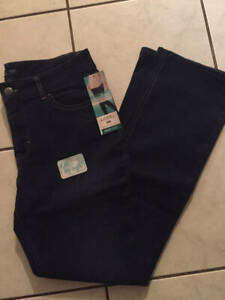 Riders by Lee Jeans NWT Sizes 6-18 Dark Blue Boot Cut Stretch Embellished Pocket
