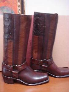 FRYE HARNESS BOOTS AMERICANA STITCHED AMERICAN FLAG 7 NEW 690.00 IN BOX