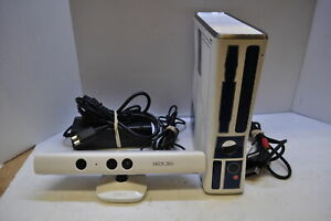 Star Wars R2-D2 Limited Edition Xbox 360 1439 320GB Console with games