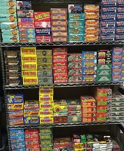 ESTATE LIQUIDATION LOT OF NEW OLD VINTAGE UNOPENED MLB BASEBALL CARDS IN PACKS