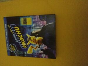 Pokemon Detective Pikachu Blu Ray + Dvd slipcover NO DIGITAL with cards