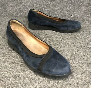 Clarks Blue Suede Slip On Casual Flats Loafers Shoes Womens Size 8.5. Nice!