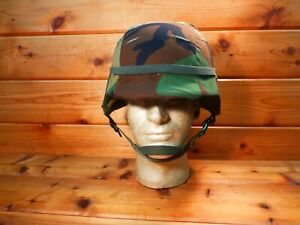 U.S. MILITARY UNICOR PASGT COMBAT HELMET MADE WITH KEVLAR SIZE MED M-3 EXCELLENT