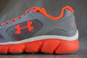 UNDER ARMOUR GPS ASSERT V sneakers for girls NEW & AUTHENTIC size (Youth) 2