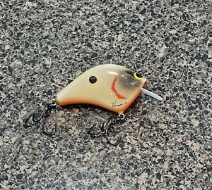 Catching Concepts Fishing Lure Crankbait - Hard To Find Bone Colored From 2016