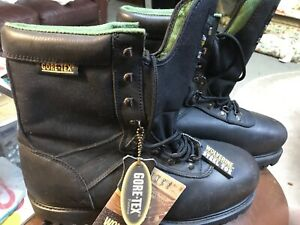 Wolverine Men's Work Boots  Gore tex Thinsulate. Steel Toe. Black Size 11.5 New