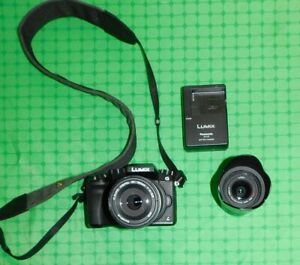 PANASONIC LUMIX DMC-G7 Digital Camera - With Lens Battery Charger