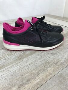 Ecco Womens Size 9 Extra Wide Spikeless Golf Shoes 39 Lace Up Black Pink