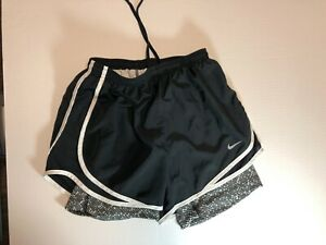 Nike Dri Fit Women's Double Layer Running Workout Shorts Black Pattern S small