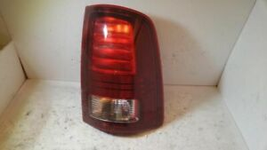 PASSENGER TAIL LIGHT LED DESIGN WITHOUT CHROME TRIM FITS DODGE 1500 12145