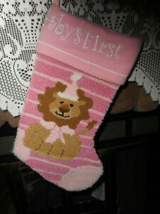 PINK HOOK RUG BABY#x27;S FIRST CHRISTMAS STOCKING LION