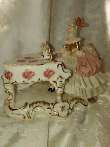 Vintage German Dresden Porcelain Lace Figurine Playing Piano FANTASTIC CONDITION
