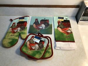 Kitchen Rooster Glass Cutting Board Set, 2-Pot Holders, Towel And Oven Mitt NWT