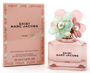 Daisy Daze Perfume by Marc Jacobs 1.6 oz. Eau de Toilette Spray for Women. $39.97
