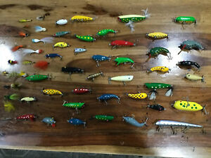 Vintage Wooden Fishing Lures + Fly 54 Total Lot Mint Condition + 2 Tackle 🎣