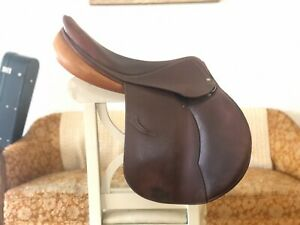 Devoucoux Oldara Saddle - Excellent Condition-  18.5 seat GOOD VIBES GUARANTEED!