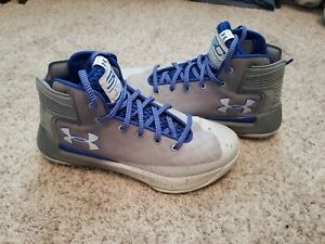 Under Armour Shoes Curry boys $35.00