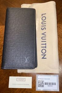 LOUIS VUITTON MENS BRAZZA WALLET. TAIGA LEATHER. STYLE # M30501