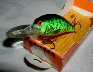 VINTAGE BOMBER LURE Model A 6A 1 4oz. CHARTREUSE CRAPPIE New in Box;NOS DIS.
